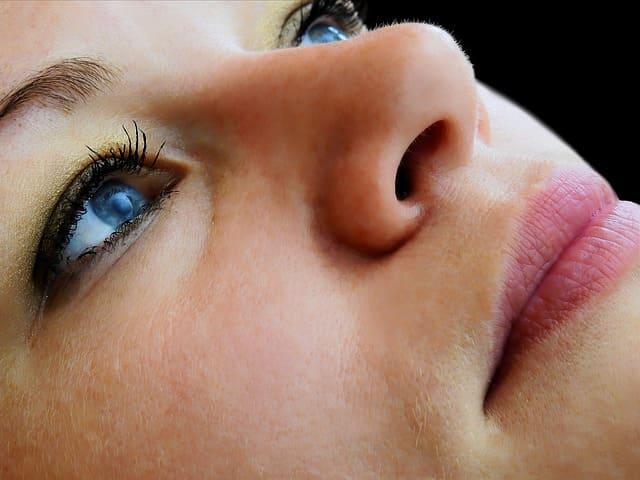 acido hialuronico nariz precio